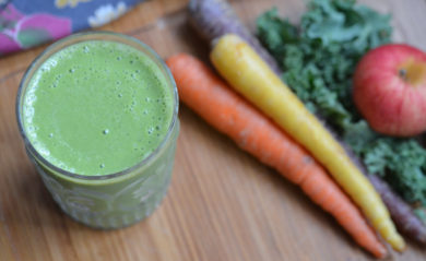 Featured image of Life is NOYOKE's apple carrot kale smoothie.