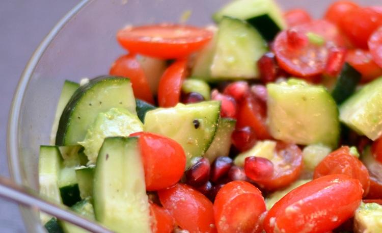 Pomegranate Cucumber Tomato Avocado Salad | NOYOKE Recipes