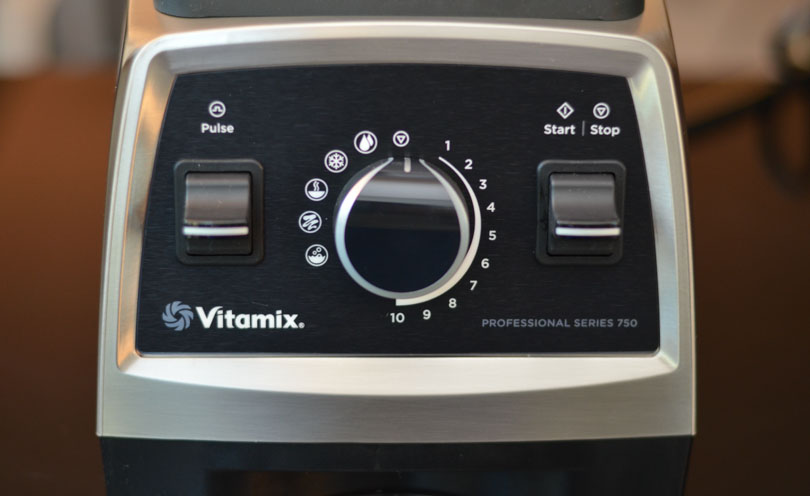 Vitamix Pro 750 Controls and Preset Programs Closeup