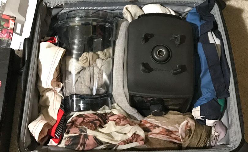 vitamix-in-suitcase