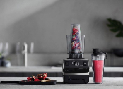 Personal cup adapter on a Legacy C-Series Vitamix machine.
