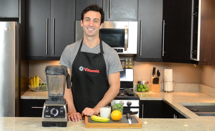 Lenny Gale with a Vitamix Pro 750.