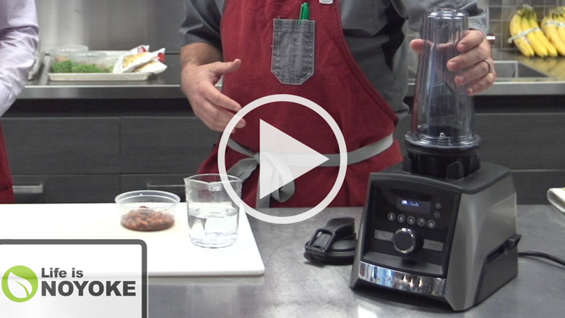 Vitamix 20 oz Ascent container youtube thumbnail.