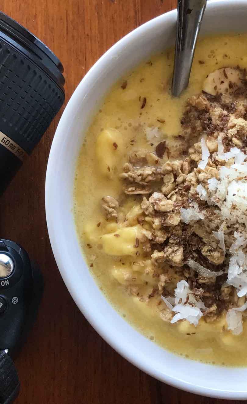 Tropical smoothie bowl.