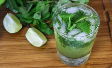 Mojito made in Vitamix Aer Disc Container